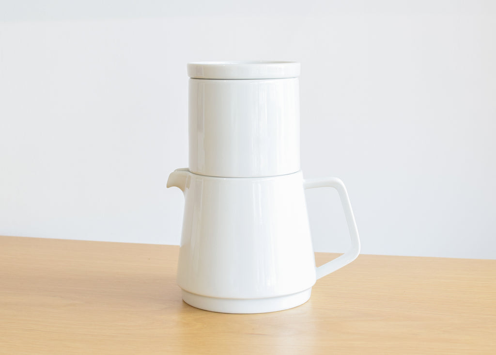 The Faro Coffee Pot Set from Kinto Japan.