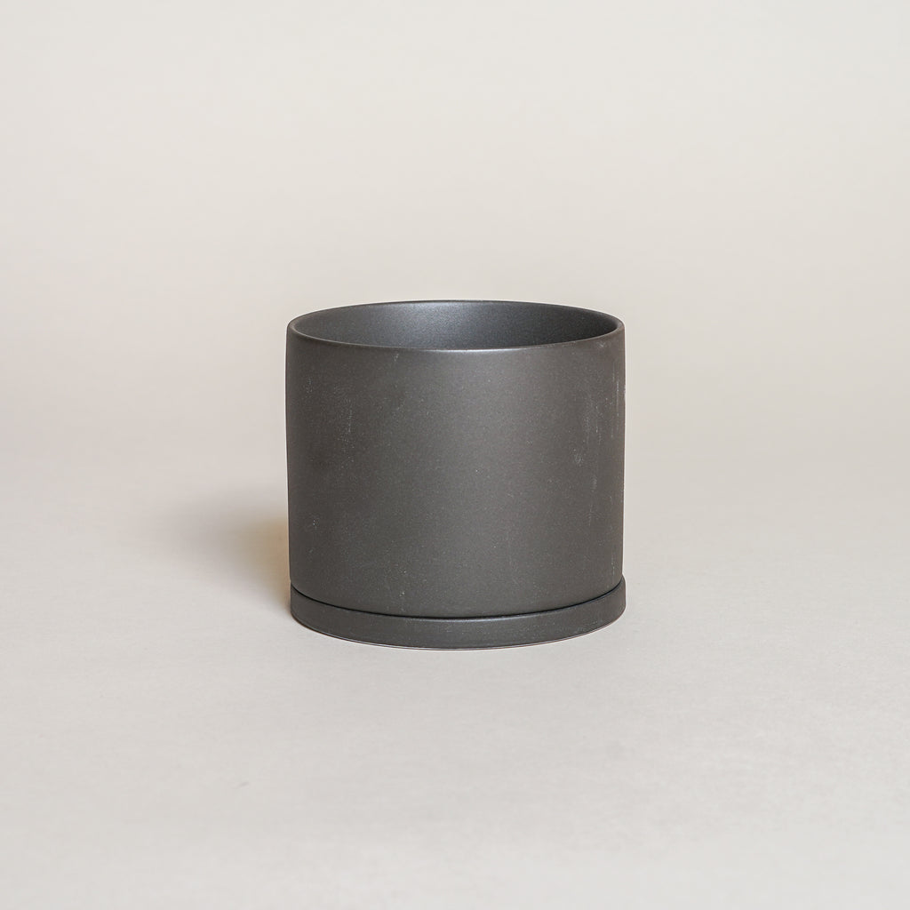 The Plant Pot 191 in 105mm size from Kinto Japan.