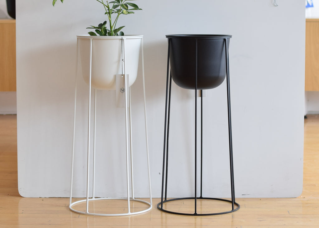 Menu's Wire Pot with Wire Base designed by Norm Architects come in black and white.