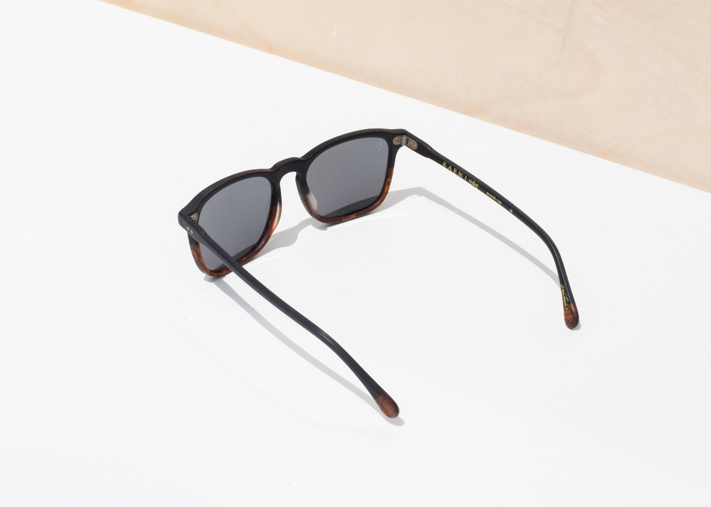 Wiley Sunglasses (Burlwood & Black / Polarized)