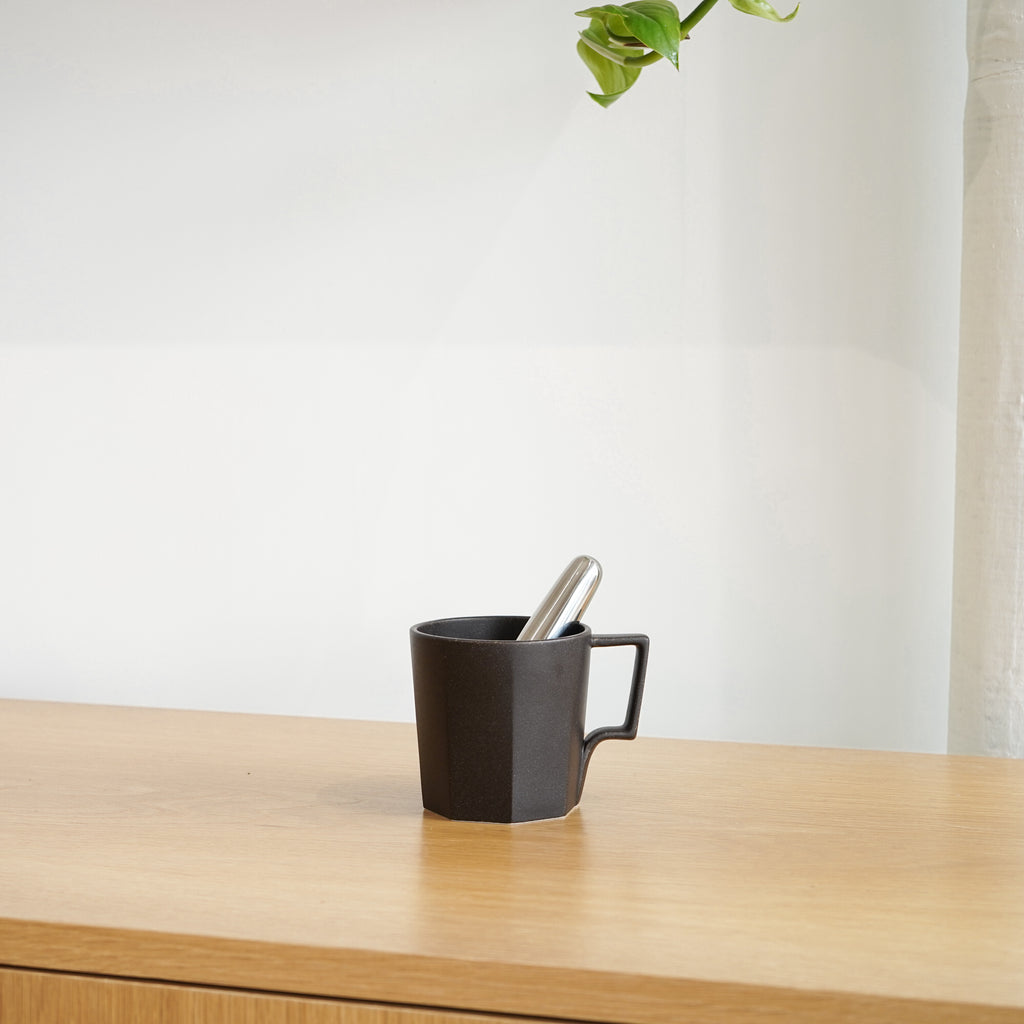 The Collar Tea Infuser by Danish design brand Stelton is perfect for single cups of tea.