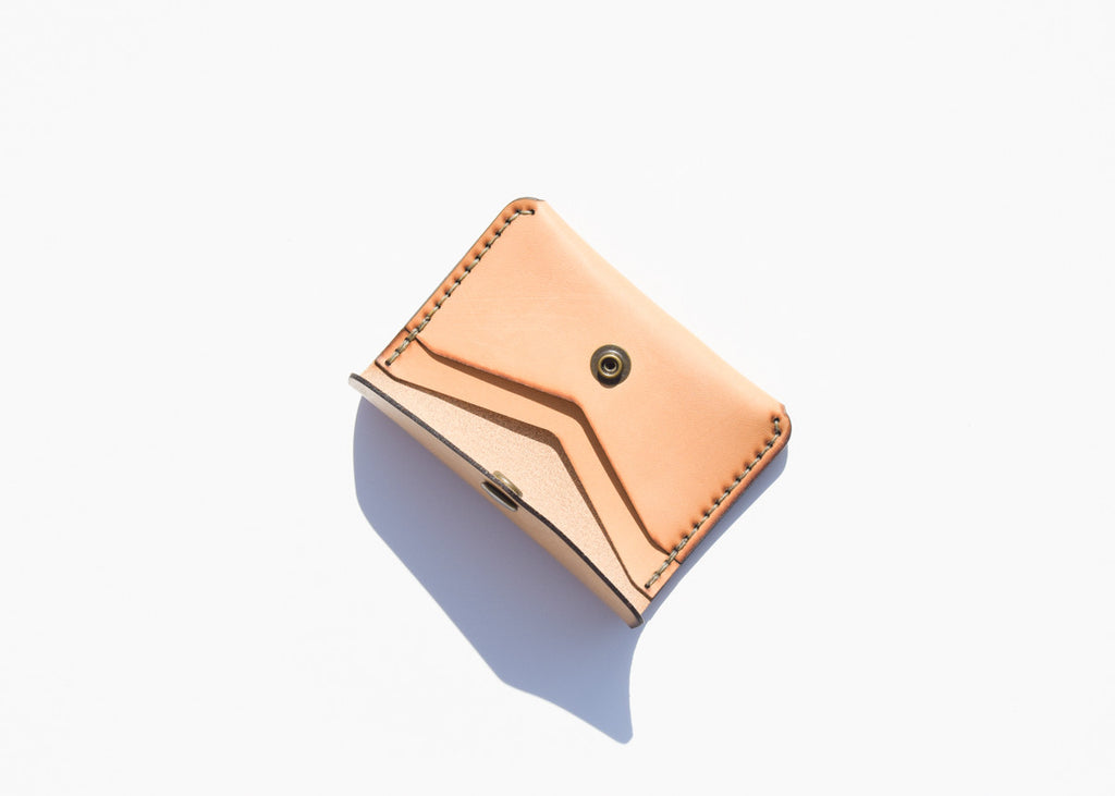 Winter Session Snap Wallet in natural with two inner pockets.