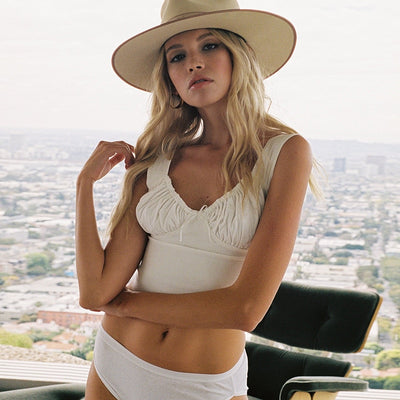 LVINMW Sexy White Spaghetti Straps Low Cut Bow Ruches Crop Top 2019 Summer Women Sleeveless Camisole Top Female Skinny Bralette