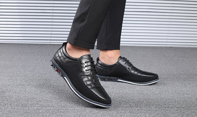 Design New Genuine Leather Loafers Men Moccasin Fashion Sneakers Flat Causal Men Shoes Adult Male Footwear Boat Shoes