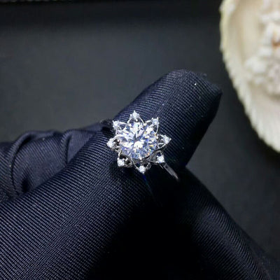MeiBaPJ 1 Carat VVS1 Moissanite Diamond Flower Simple Ring for Women 925 Sterling Silver Fine Wedding Jewelry