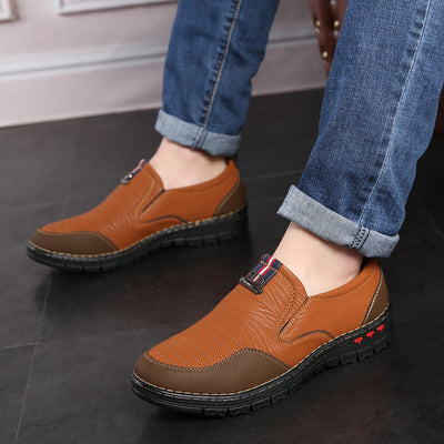 2018 Spring Split Leather Casual Shoes Men Loafers Slip-On Men Shoes Flats Comfortable Men Autumn Shoes Leather Moccasins
