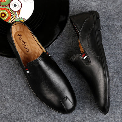 Super Comfortable Slip On Men Loafers Breathable Cow Leather Shoes Casual Men Flats Hot Sale Soft Driving Shoes Moccasins