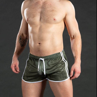 New Summer Fitness shorts Mens Mesh Breathable Quick Drying Fashion Casual Joggers Sportswear Beach shorts Popular shorts