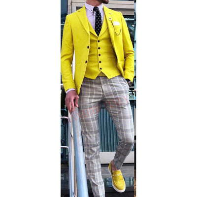 New Designs Casual Yellow Mens Suits Tuxedo 3 Piece Tailored Slim Male Blazer Pants Vest Set Suit for Men Handsome Men's Clothes
