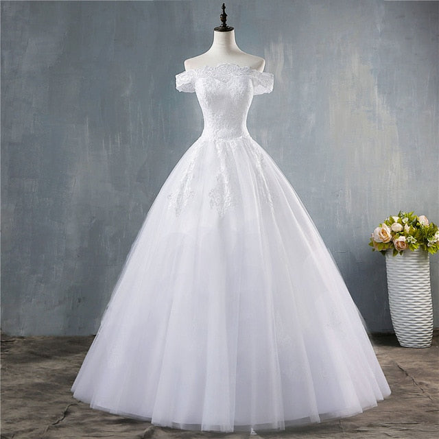 White Ivory Off the Shoulder Wedding Dresses for brides Bottom Lace Big Train with lace edge