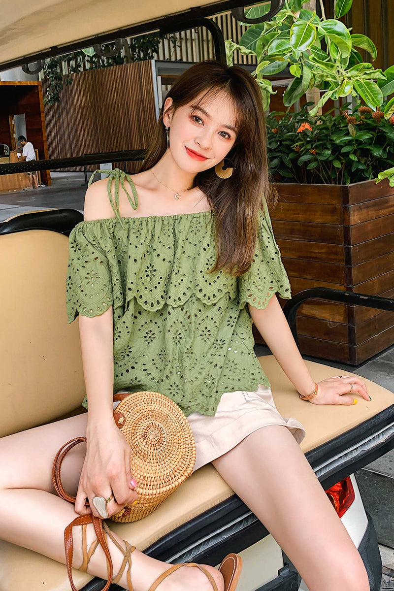 Open The Shoulder Loose Trendy Lace Cutout Lace Shirt - 7GEGE