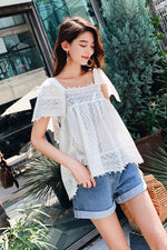 Sweet White Lace Short Sleeve Top
