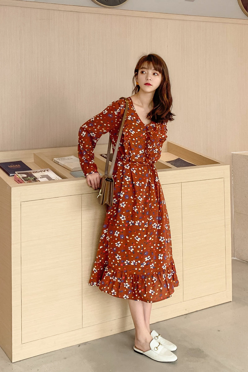 Elasticized Waist Floral V-Neck Dress - 7GEGE