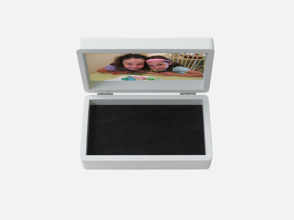 Jewellery box with children photo inside open