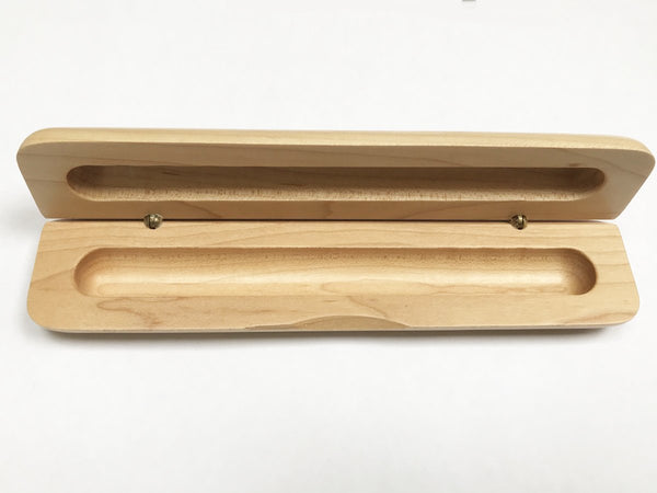 Empty thin maple pen case