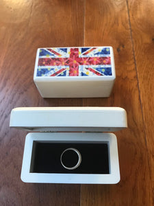 Ring or cufflinks box with Union Jack Daisies design