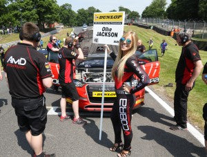 AmD Tuning Grip Oulton Park