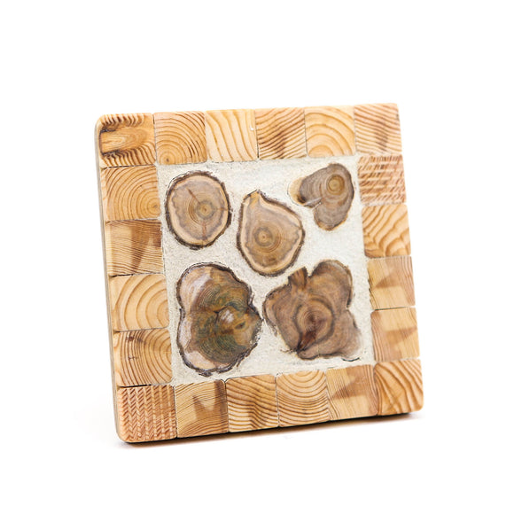 Wooden candle pad with cement, square 15 x 15 x 2 cm
