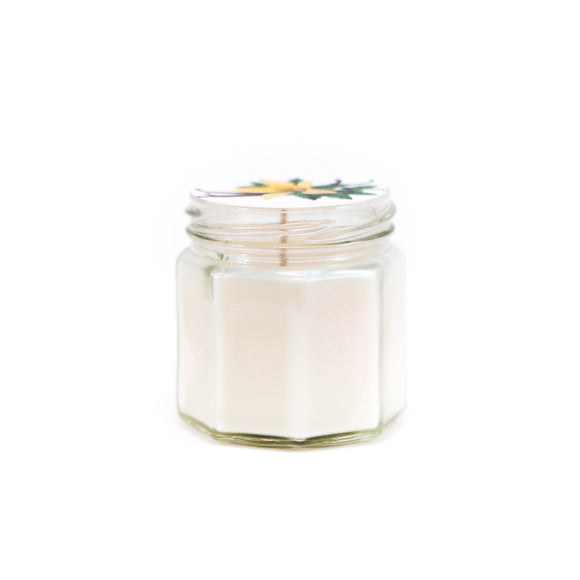 Candle in a hexagon glass with vanilla scent
