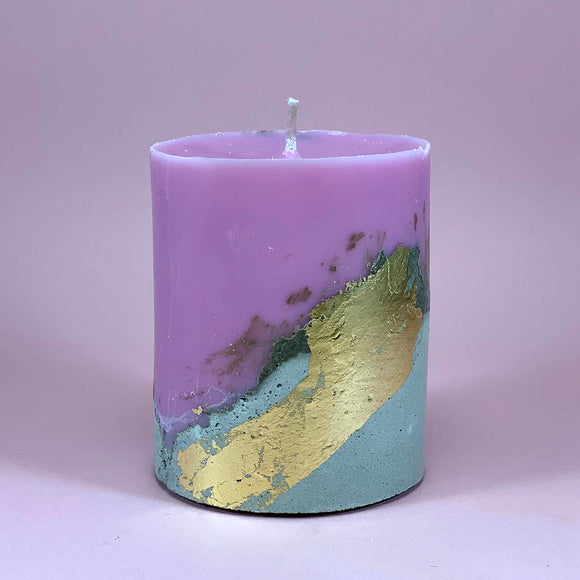 Soy wax candle on a cement base, 0.4 kg, raspberry scent