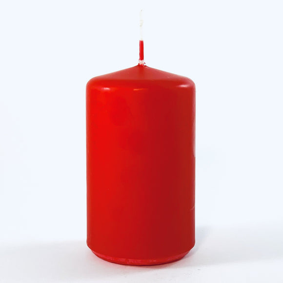 Powderpressed candle ⌀ 6x10 cm, red