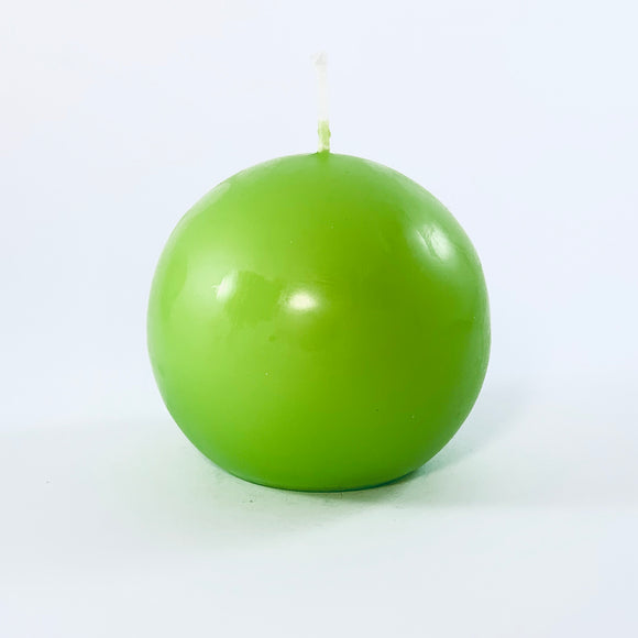 Powderpressed candle ball ⌀ 8 cm, lettuce green