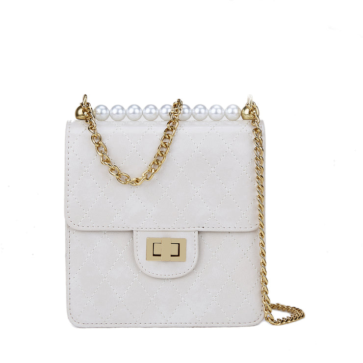 CREAM QUILTED PEARL BAG