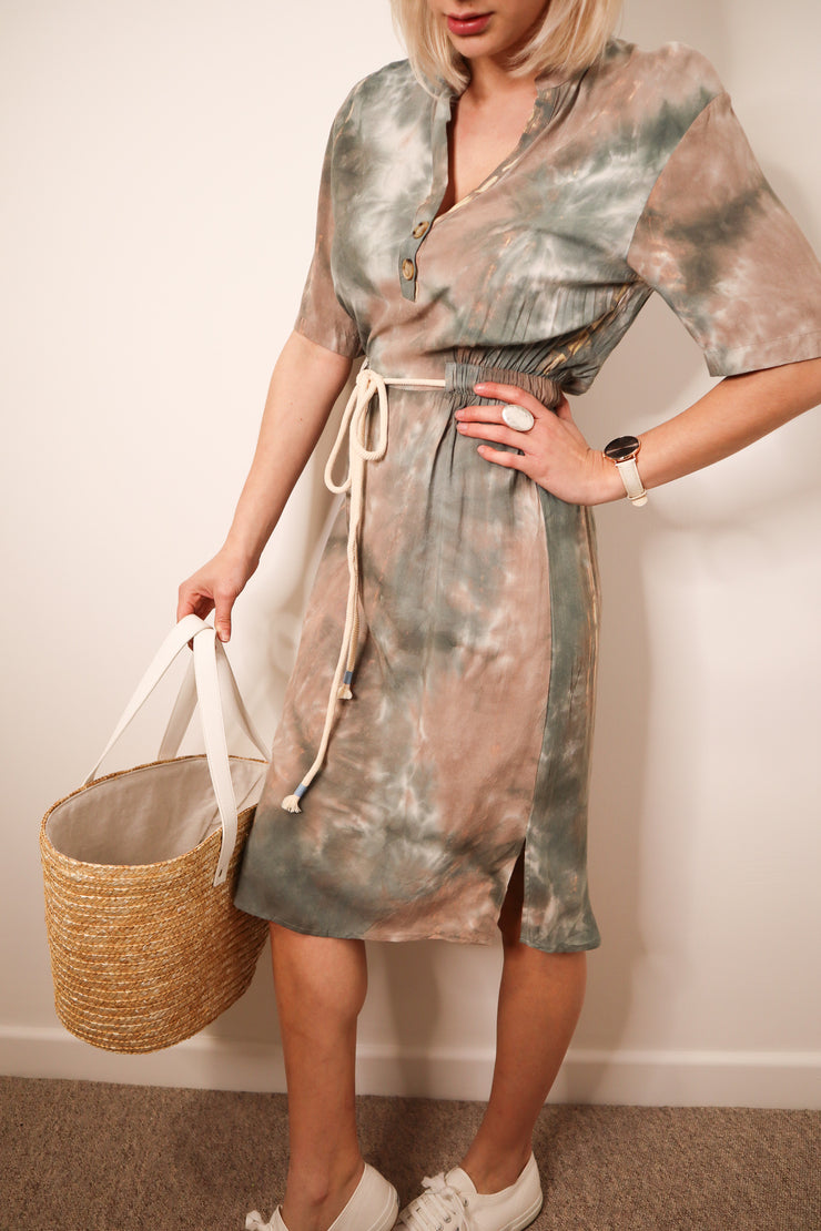 TIE DYE BUTTON MIDI DRESS