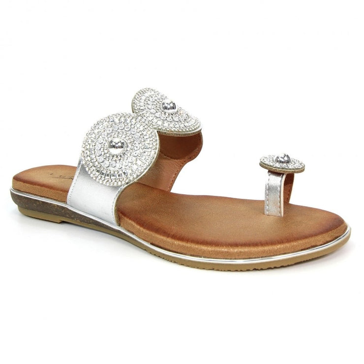 LUNAR | SILVER OYSTER TOE POST SANDALS