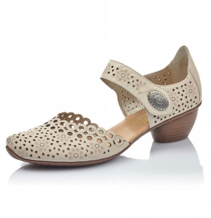 BEIGE STENCIL CUT OUT HEELED SHOE