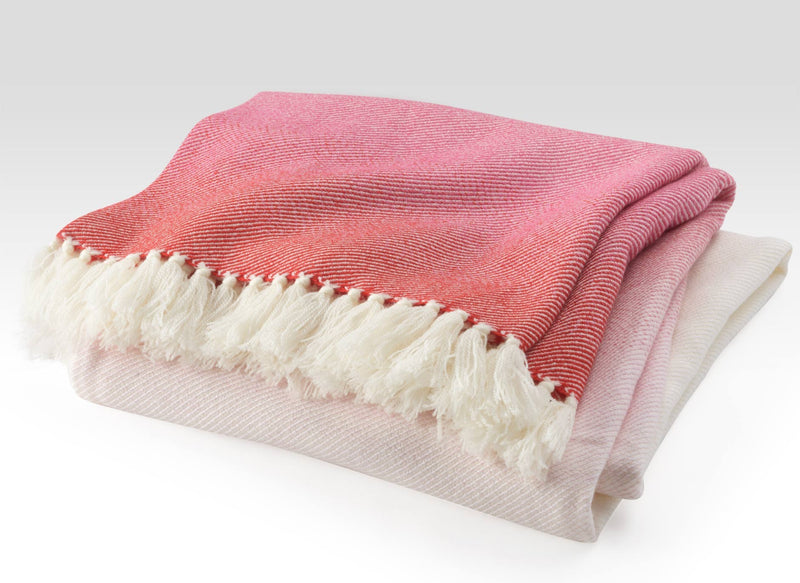 Red and Pink Blankets: Our Favorite Blankets Inspired by Valentine's Day