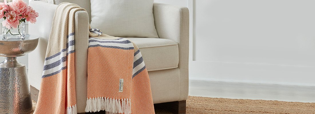 <p><span>Masterfully loomed by artisans in Maine, our time-honored throws are a tribute to superb craftsmanship and textile. Sumptuously soft and durable, they are an ideal accent for every setting.</span></p>