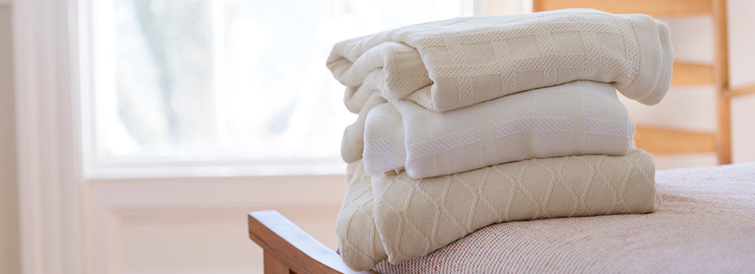 <p>When coziness meets pure comfort. Our cotton and merino wool blend blankets have a wonderful balance of weight and warmth, lending superb softness and insulation.</p>