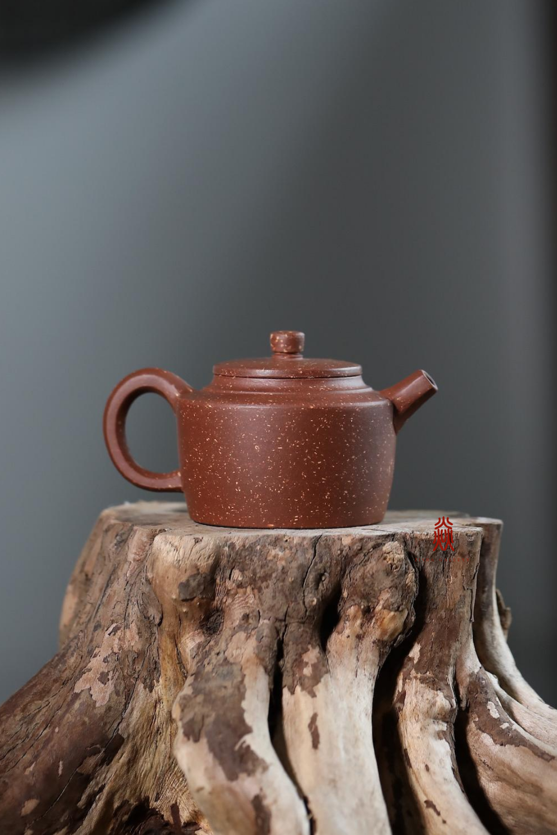 Xiao Mu Tong Hu 小木桶 160ml  紫玉金砂 zini 佘荣飞 - The Phans Yixing Zisha Teapot
