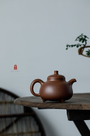 三足乳鼎 San Zu Ru Ding 30年底槽清 金林传砂 Jin Lin Chuan Sha Di Cao Qing Zini 杭海. - The Phans Yixing Zisha Teapot