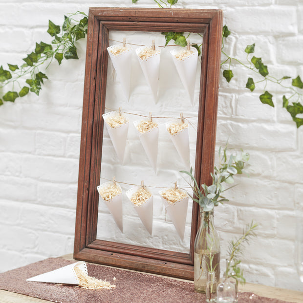 Scalloped Confetti Cones
