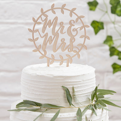 Wooden Mr And Mrs Cake Topper - Wooden Cake Topper - Wedding Cake Topper - Wooden Wreath Cake Topper