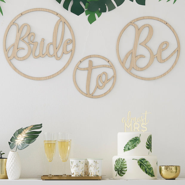 Gold Bridal Shower Banner - Hen Night Decorations