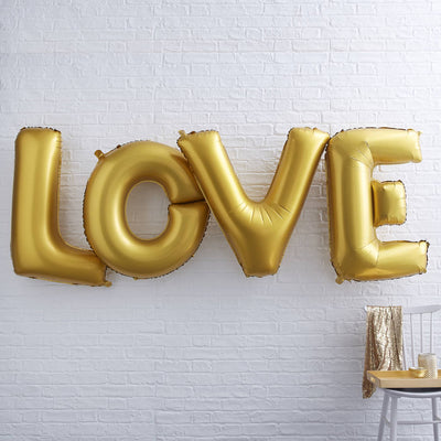 Gold Giant 'Love' Foiled 40 Inch Balloon