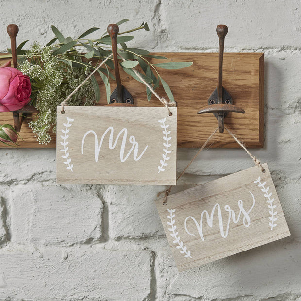 Mr And Mrs Wooden Chair Hanging Signs