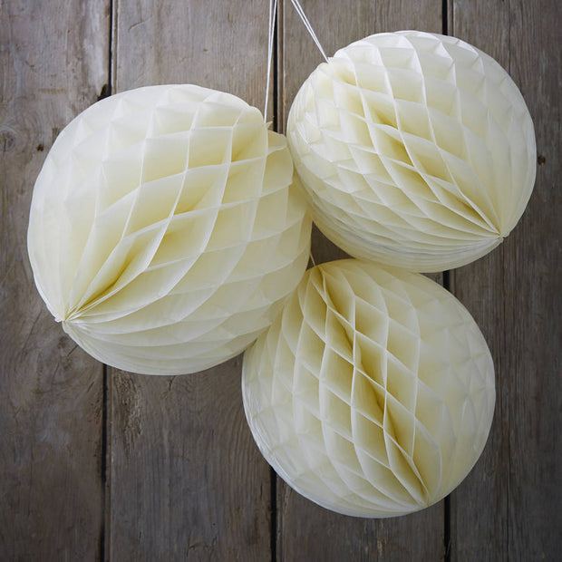 Ivory Honeycomb Balls Hanging Decorations