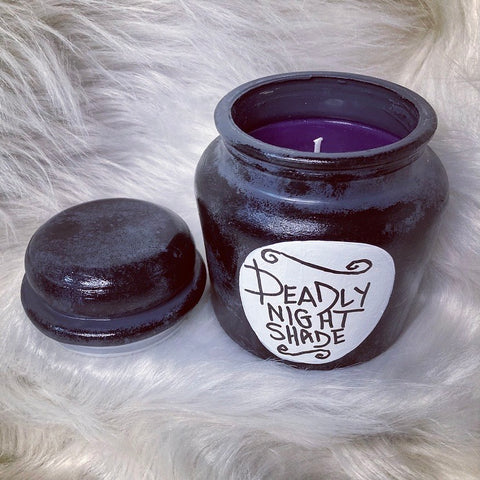 Deadly Night Shade XL candle