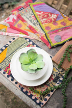 Load image into Gallery viewer, Kantha Placemat Set of 2