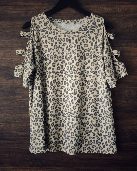 Leopard Cut Out Sleeve Top