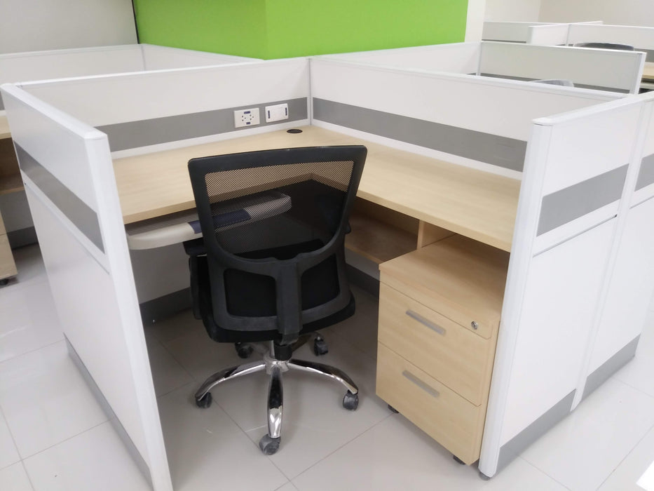 Customized L-Shaped Partition Workstation
