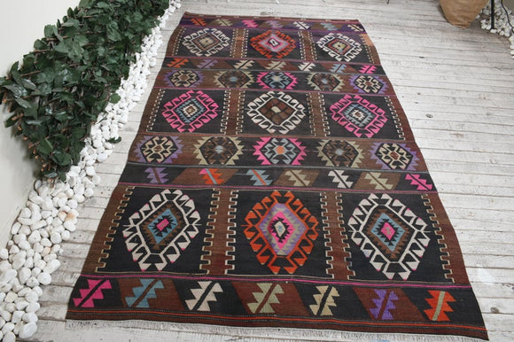 Hari Vintage Turkish Rug | Decoraline