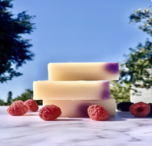 Load image into Gallery viewer, African Raspberry Soap Bar