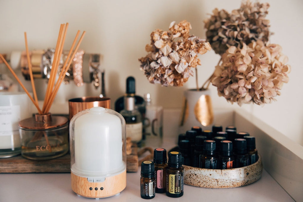 The Good Oil - How to Use Essential Oils Everyday