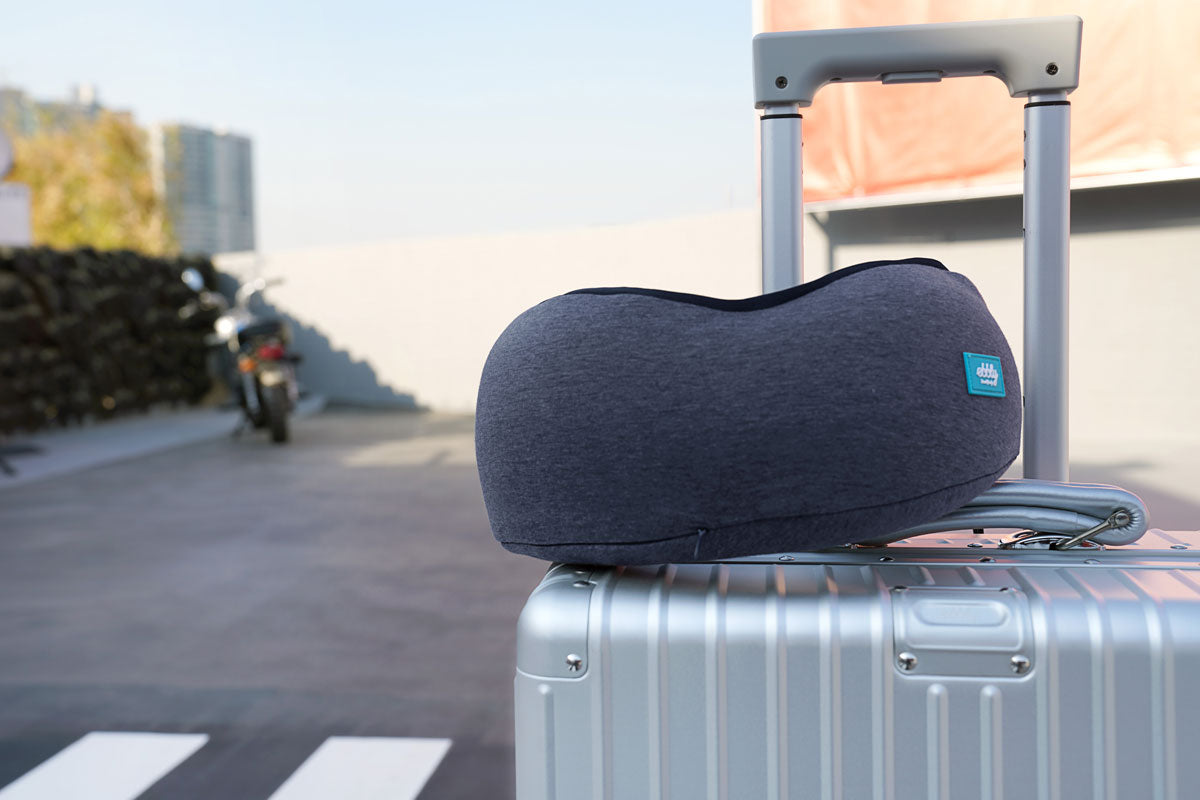 take a u-shaped pillow for your travel