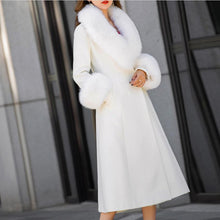 Load image into Gallery viewer, White Woolen Over Coat